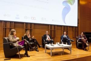 De izquierda a derecha: Jeannette Sánchez (CEPAL), Ruth Ladenheim (CIECTI), Lino Barañao (SeCyT), Christoph Ernst (OIT) y Lidia Brito (UNESCO).